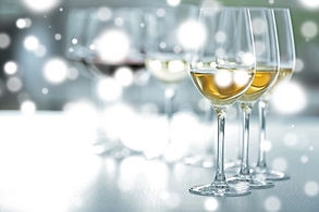 distinctly-kelowna-tours-ice-wine-tour2-