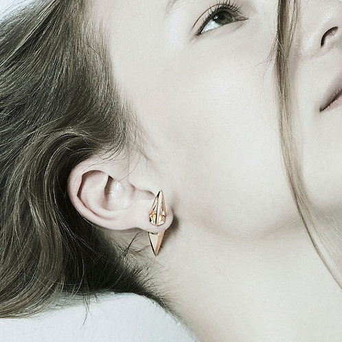 Altered-Native spike earring (one side)