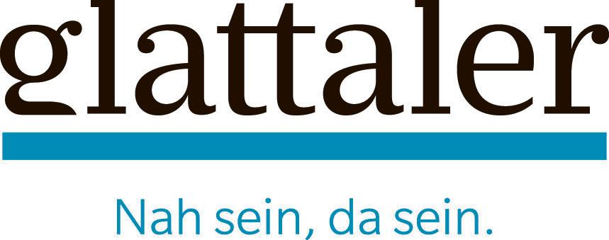 Logo der Gratiszeitung glattaler. Schwarze serife Schrift über blauem Strich.