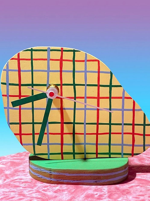 """golf"" desktop clock"