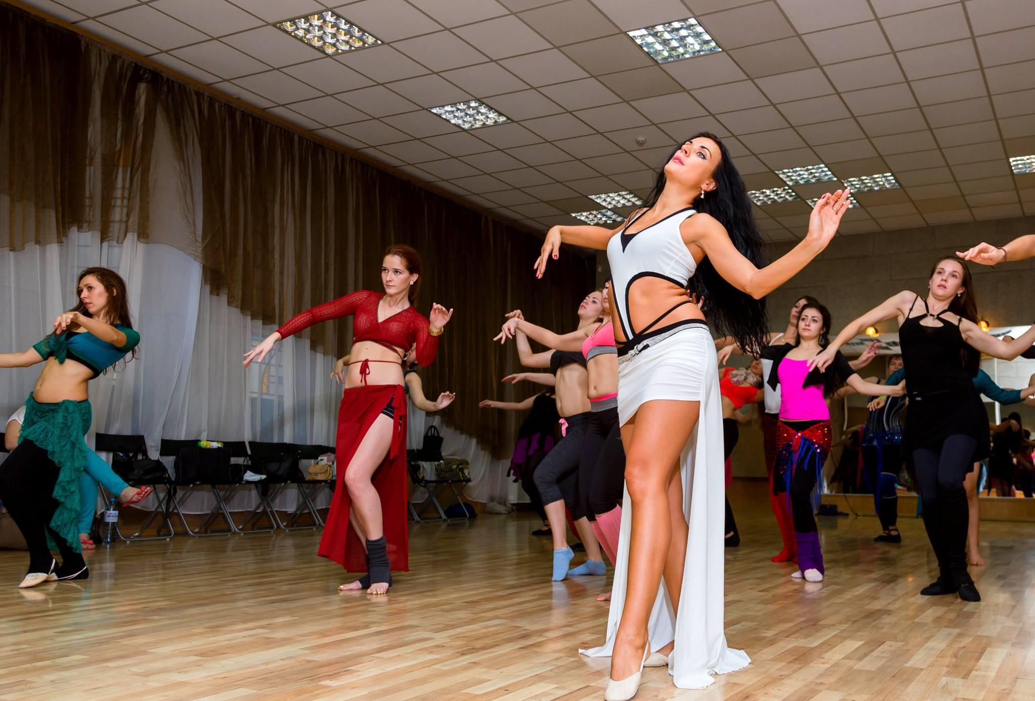 0800feb6a83 Sabes que vestir para tu clase de Belly dance? | mi-pasion