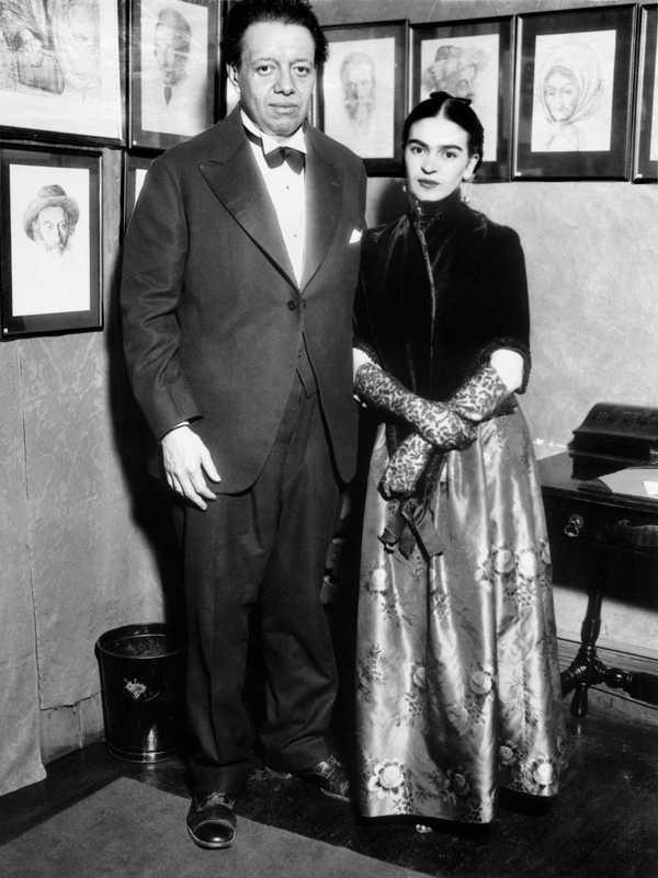 FRIDA KAHLO and DIEGO RIVERA 'Photograph', 1931 - Bltiz Creatives