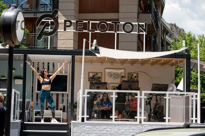 2Peloton331.jpg