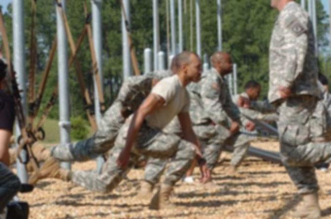 military_squat2.jpg