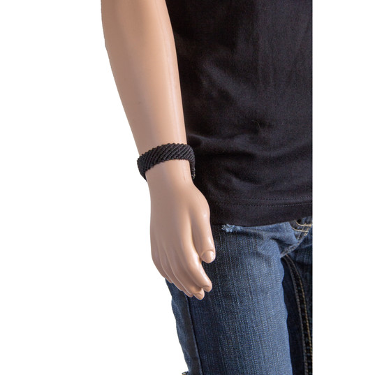 bracelet pres sur mannequin.jpg