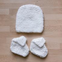 coffret naissance bonnet + chausson blan