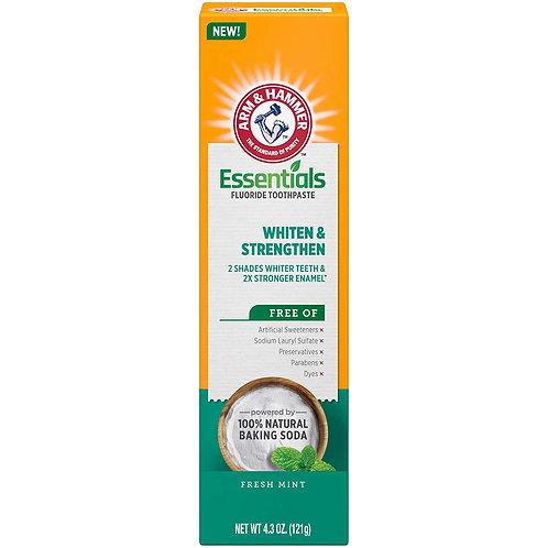 ARM & HAMMER Essentials Whiten & Strengthen Fluoride Toothpaste (4 Pack)