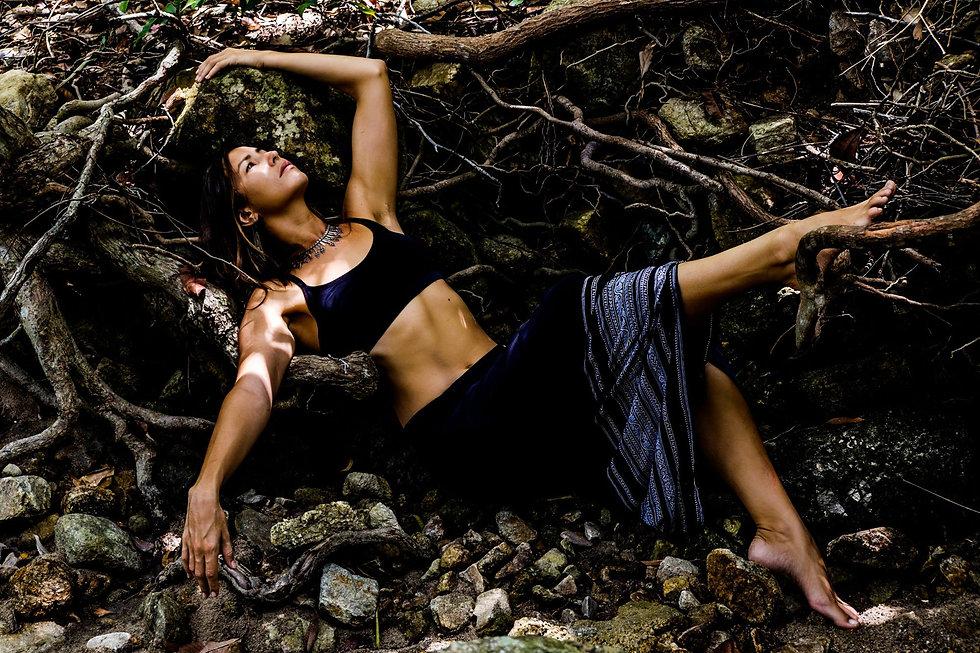 moon body, earth, body, wisdom, Inner seasons, Health, Healthy, Herbs, Herbalism, Herbalist, Ritual, Rituals, Ceremony, tantra, portugal, porto, lisbon