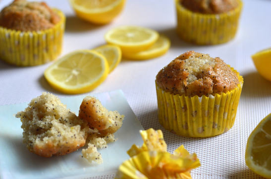 Lemon and Poppy Seed Sugar Crunch Muffins