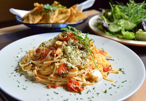 Linguine, Chilli, Rocket and Hearts of Palm