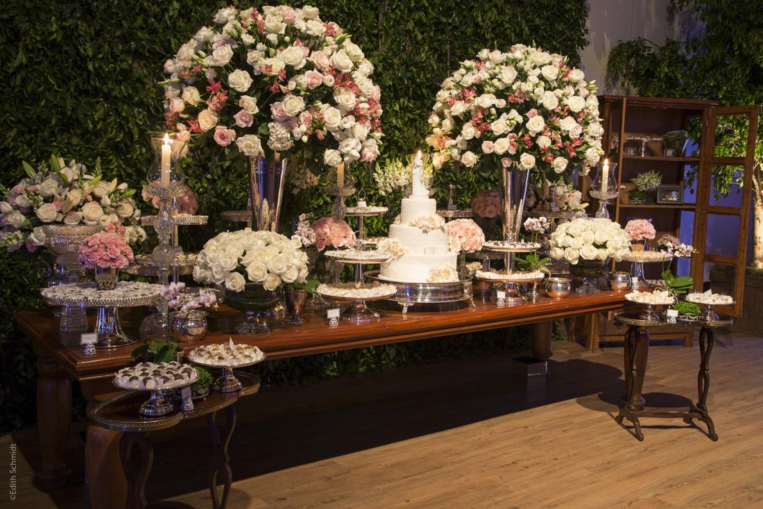 Mesa de Doces - Casamento Trivento