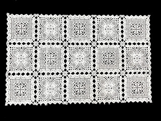 THE CROCHETED TABLECLOTH