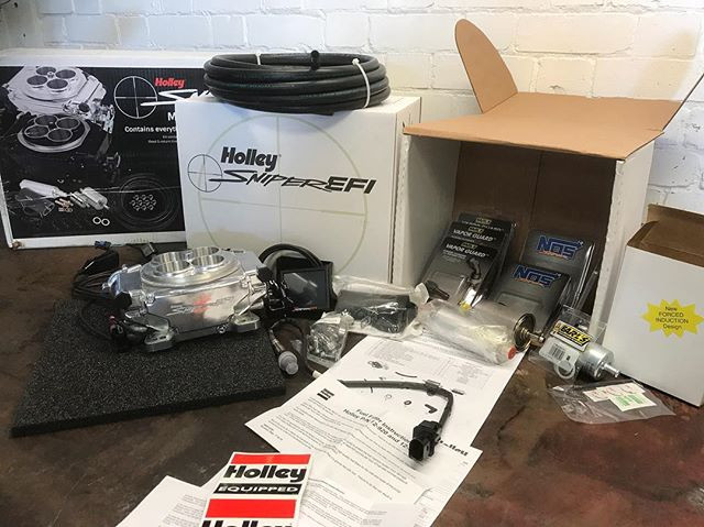 Holley sniper EFI ready to go.jpe