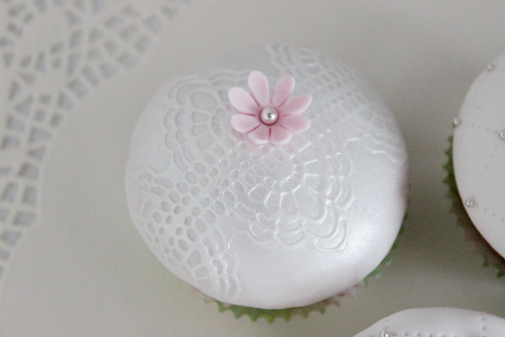 Cupcake elegance
