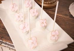 Hydrangea Cake Pops