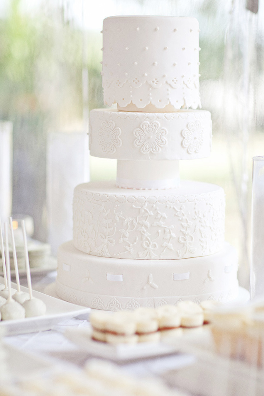 Lace White Wedding Cake