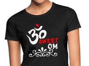 t-shirt Om Blc et Rge.jpg