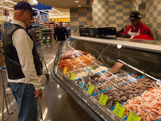 Falling Commissary Sales Are Raising Risks to Shopping Benefit