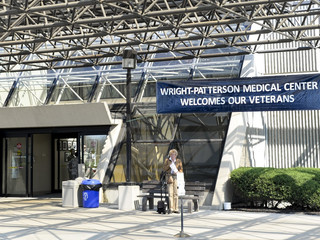White House officials looking into merging VA and Tricare health services