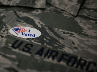 Military members and spouses: There's still time to vote by absentee ballot. Here are some tips.