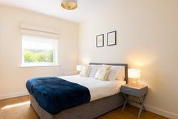 5b. 190720-431 Bedroom 1 lights on