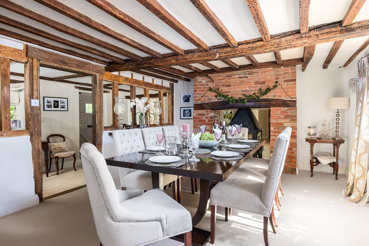 10. 190920-156 Dining room