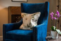 4. 181016-366 Blue chair detail
