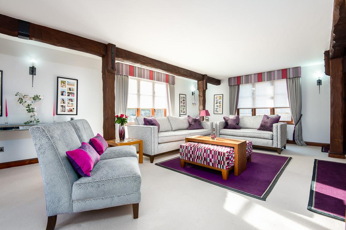 2. 181022-66 Living room