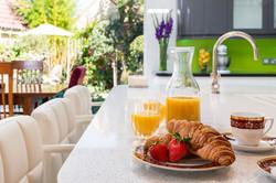6. 190913-585 Croissant lifestyle