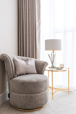 Bedroom chair feature