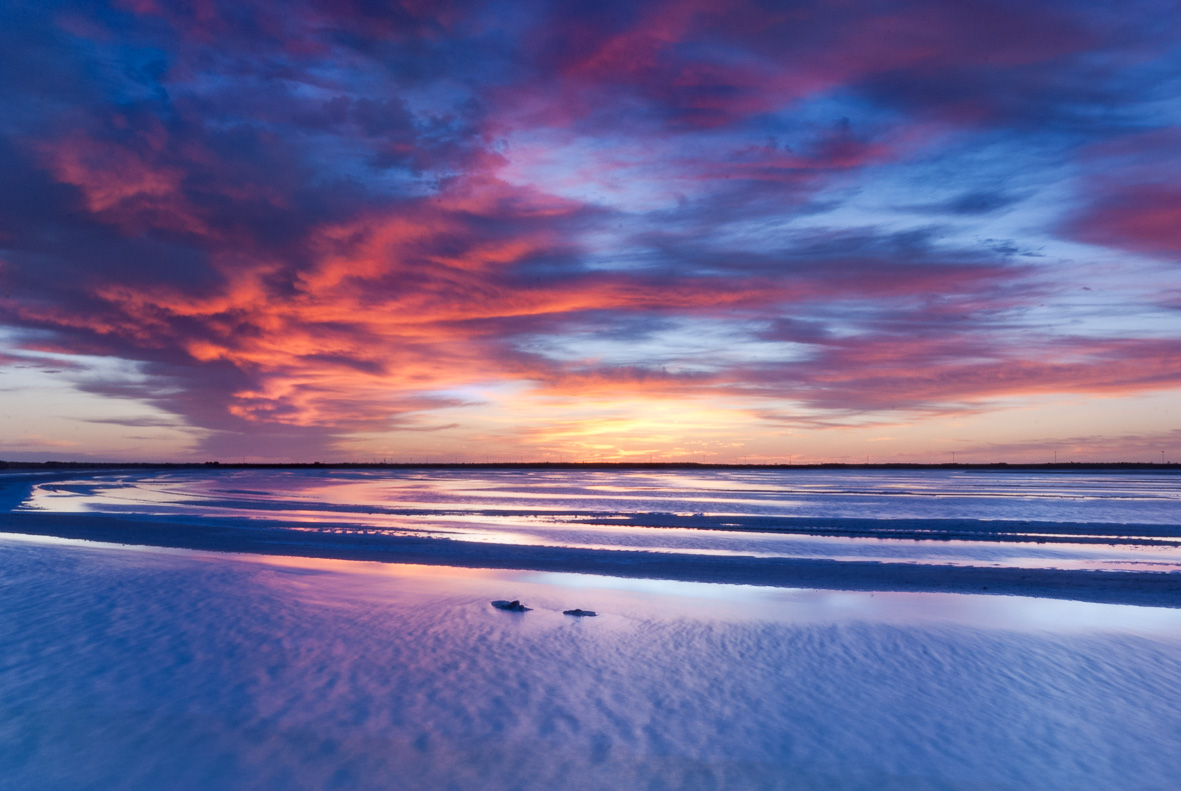101030-31 Sunrise Glow over Salt Flat