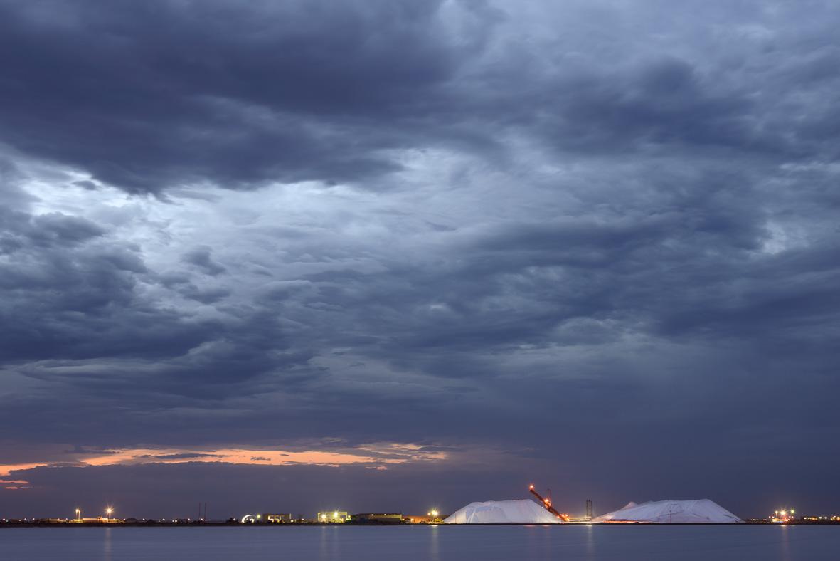 150124-287 Overcast sunrise at Salt