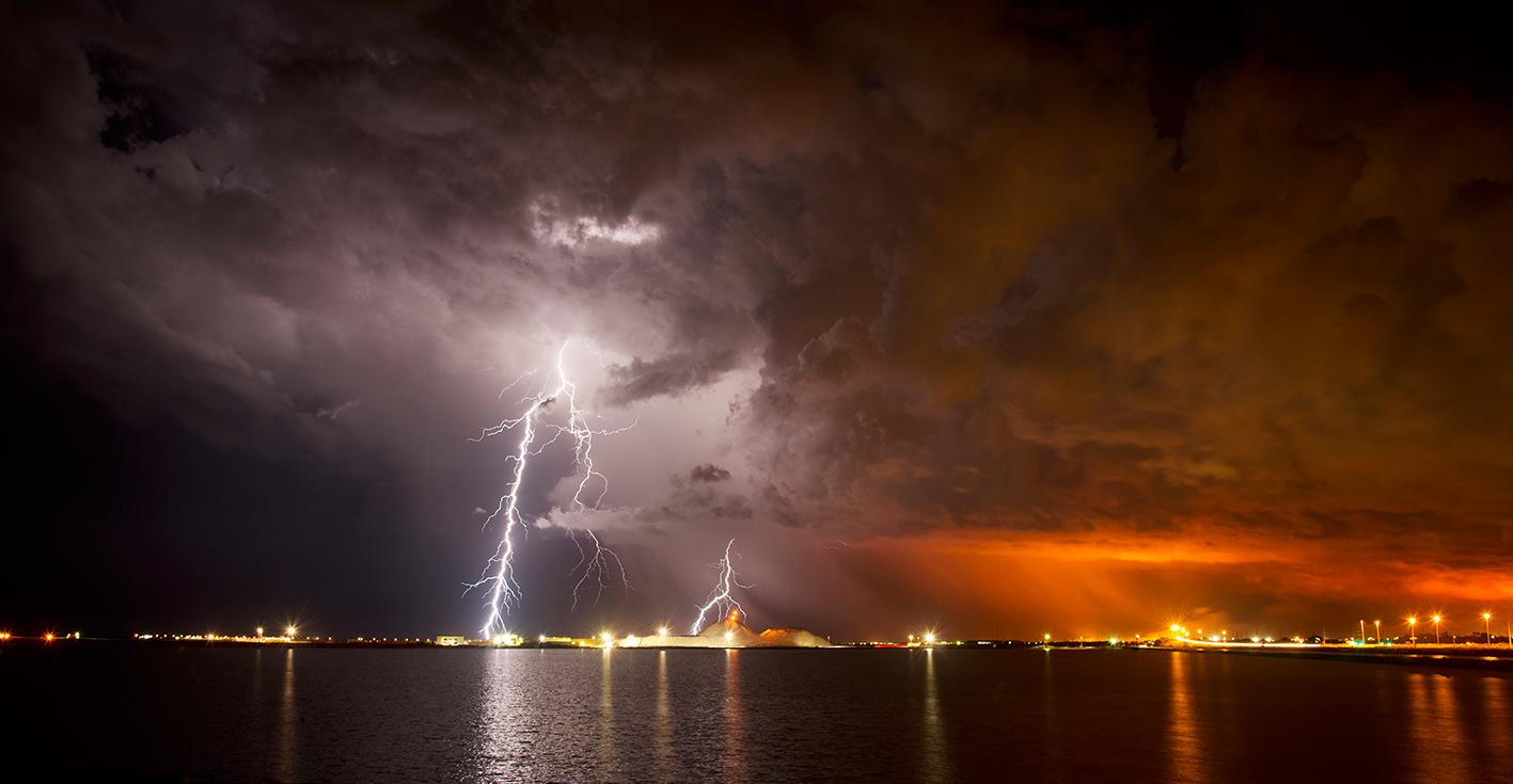 140327-2-Lightning-Salt-Bushfire