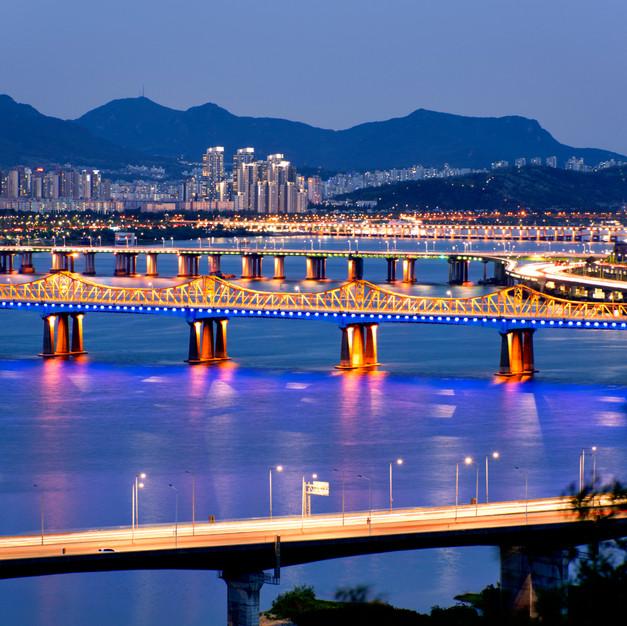 Night Han river view at Eungbongsan, Seoul