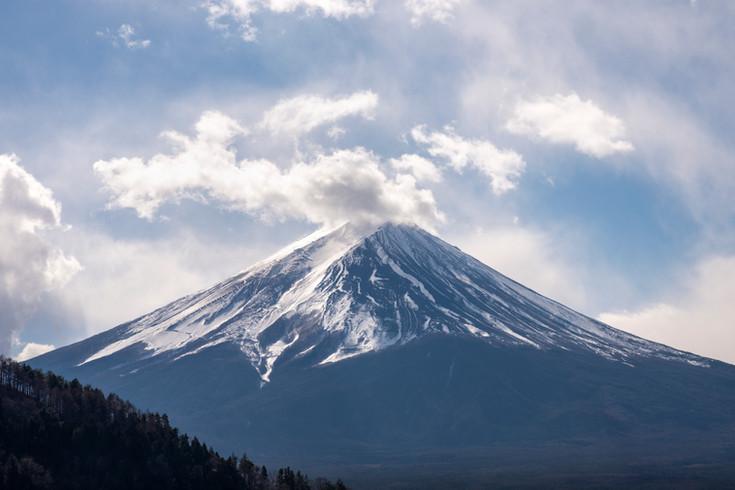 Mt Fuji peak from Kawaguchigi lake