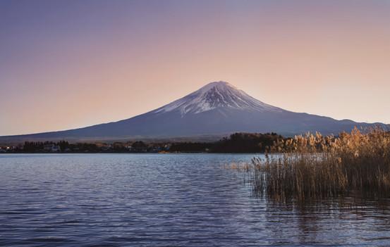 Mt Fuji sunset on Kawaguchi lake