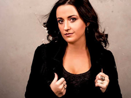 """Kirsty Lee Akers Talks About New Song """"For Love"""" On Big Brekkie"""