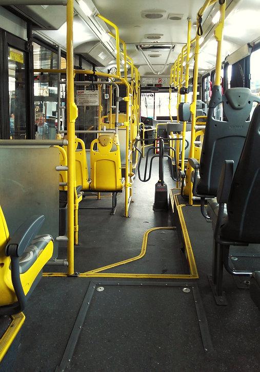 bus-2261702.jpg
