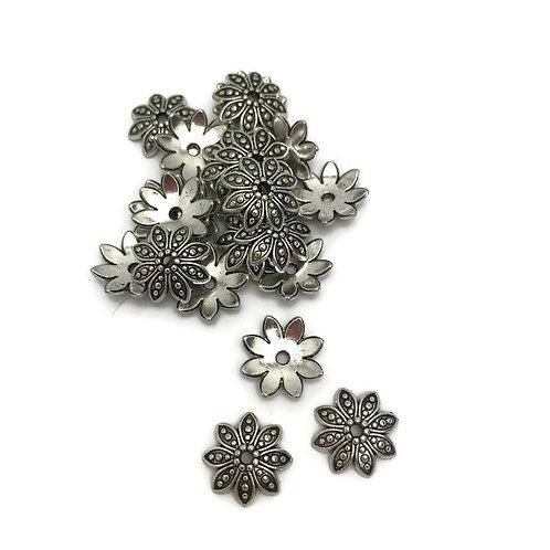 20 Tibetan Silver Bead Caps, Lead Free & Nickel Free & Cadmium Free, Aster flower Antique Silver, julie haymaker