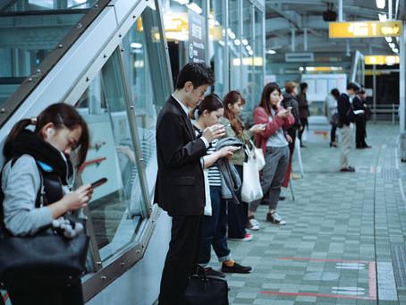 A comunicação humana na sociedade de comunicação digital