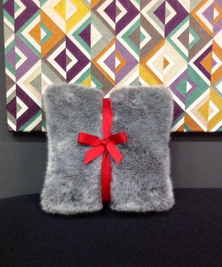 Fluffy grey cushion 45 x 45 cm