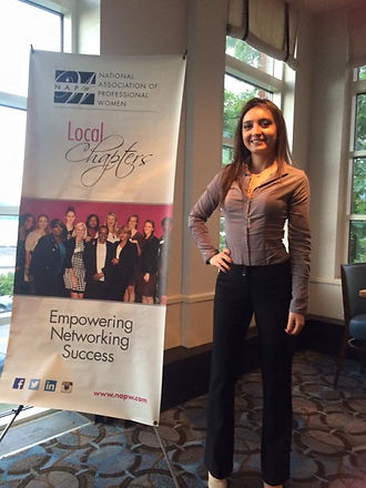 body language, nonverbally speaking, nonverbal communication, boston, leadership development, consulting, speaker training, influence, Chicago, coaching, Chicago speaker, Chicago workshops,  speaker training, presence, Juliet Gil, NAPW