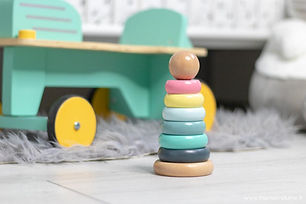 les-jouet-de-bebe-plume-verbaudet-pyjamide-bois-1024x683.jpg
