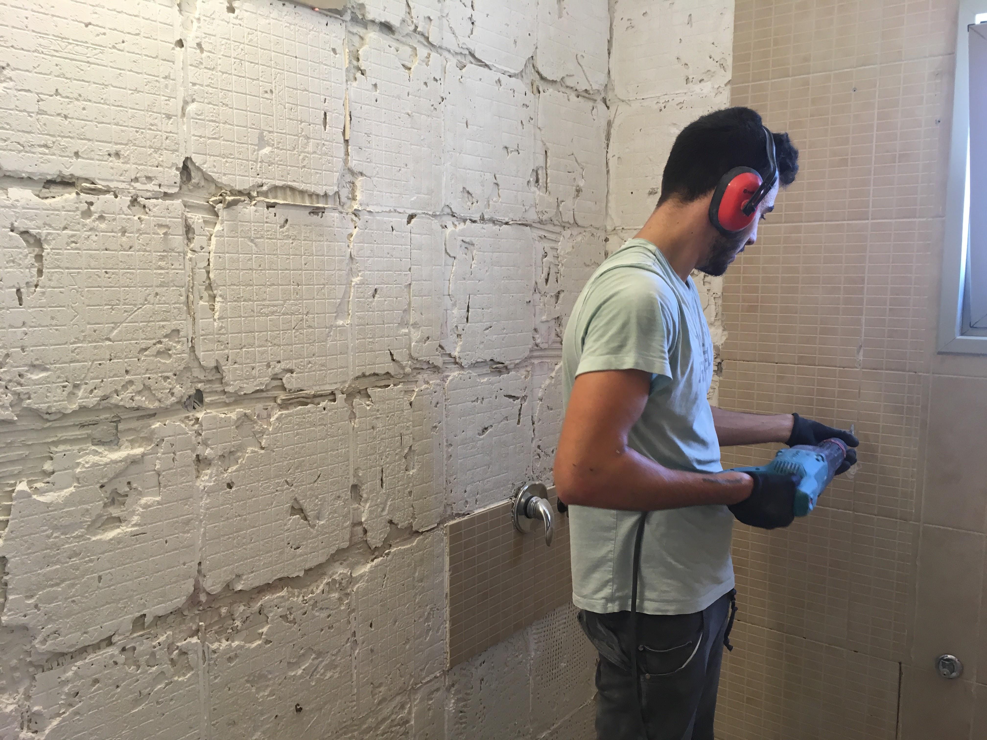 שיפוץ מקלחת בתהליך שיפוץ דירה קומפלט | מרב שדה - תכנון ועיצוב פנים