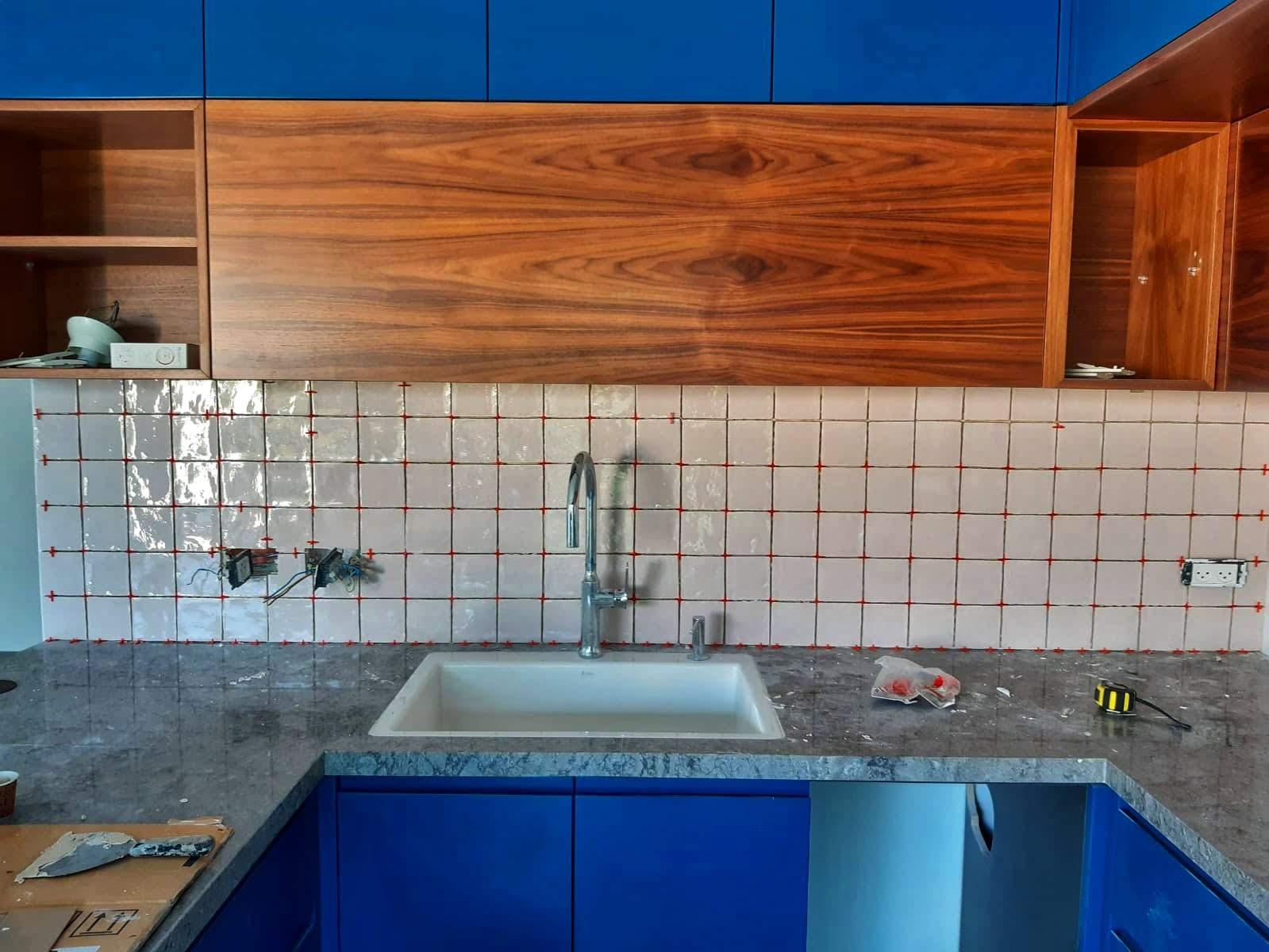 עיצוב מטבח בתהליך שיפוץ דירה קומפלט | מרב שדה - תכנון ועיצוב פנים
