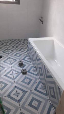 עיצוב פנים חדרי אמבטיה בתהליך שיפוץ דירה קומפלט | מרב שדה - תכנון ועיצוב פנים