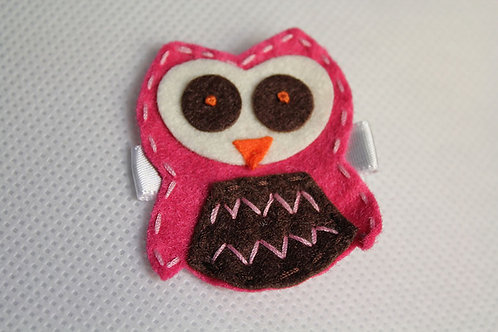 MAGENTA OWL WITH BROWN BELLY HAIR CLIP