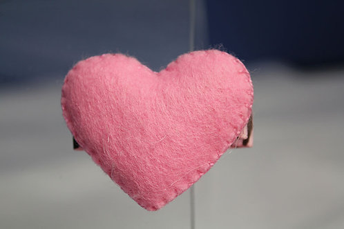 BUBBLEGUM PINK HEART HAIR CLIP