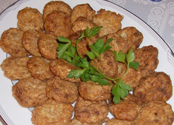 Albondigas de Prasa (Leek Meatballs)
