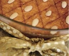 Shamali (almond semolina cake)